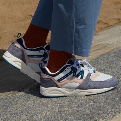 KARHU FUSION 2.0 FROST GRAY / BLUE CORAL - MENS SIZES(UNISEX)