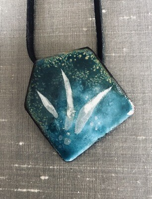Enamel geometric pendants