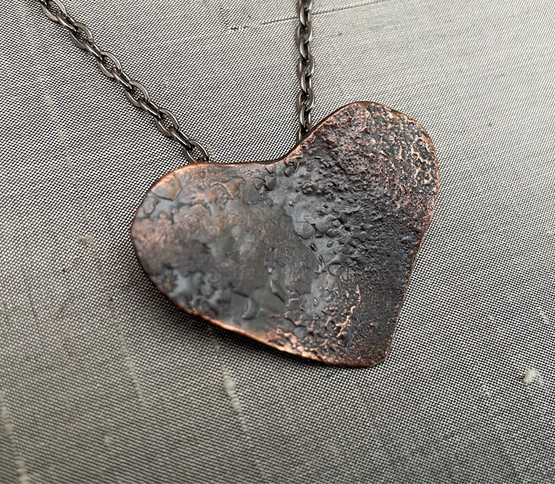 Reticulated copper Heart