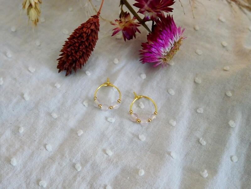 Mini-créoles perlés