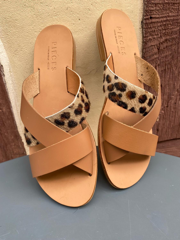 Sandales cuir PIECES léopard