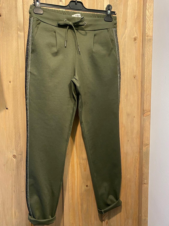 Pantalon sportwear liseré argenté BYOUNG