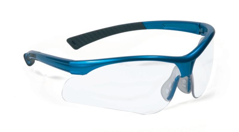 Lunettes avec oculaires incolores.