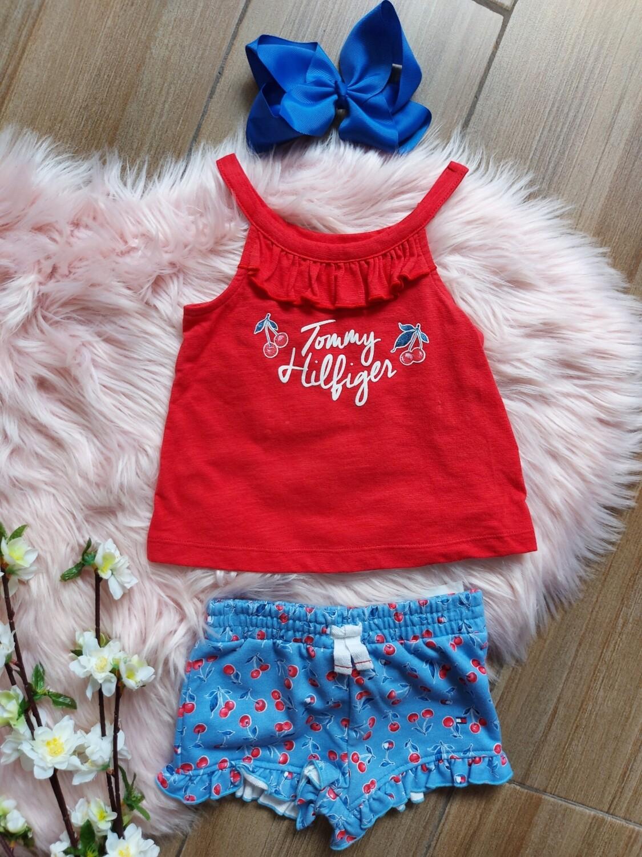 Set 2 piezas, blusa y short Tommy Hilfiger,  4 años