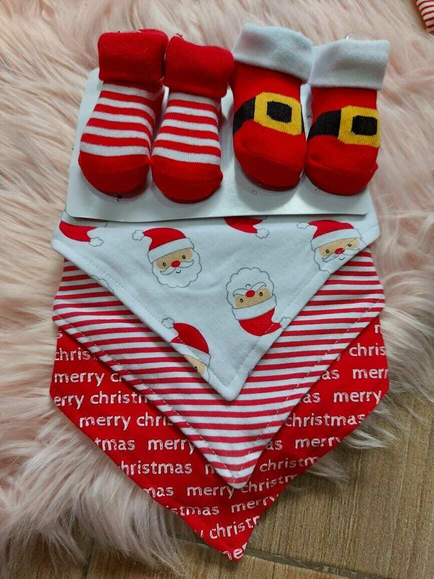 Set navideño + 2 pares de medias, talla 0 a 6 meses