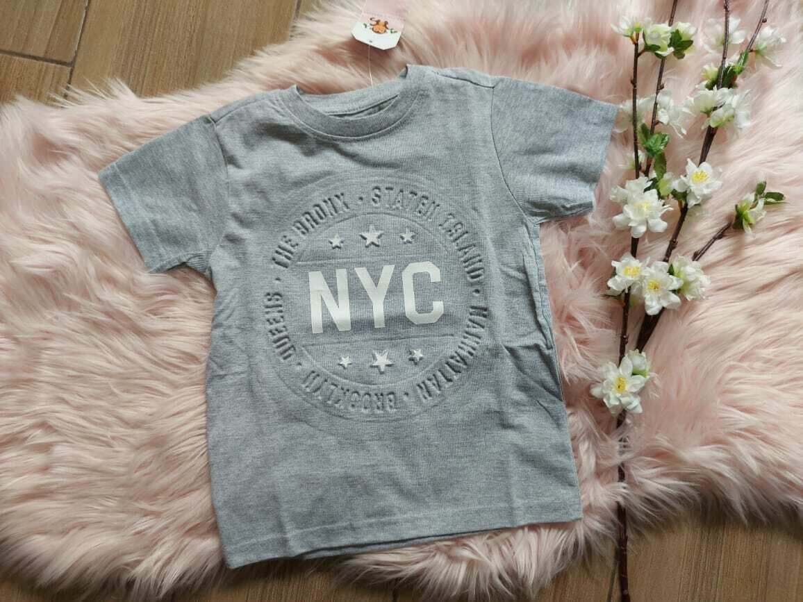 Camiseta gris NYC, 4 años