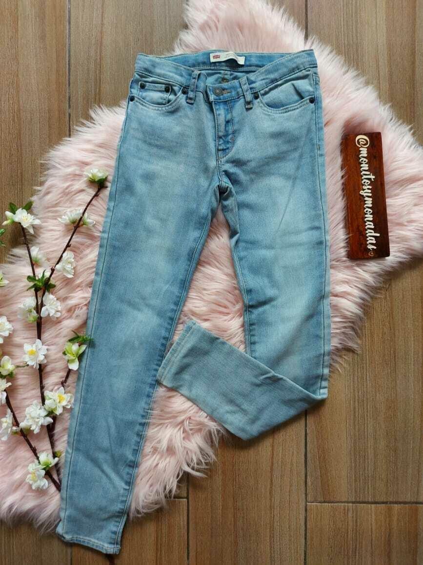 Jeans Levis, con ajuste interno, 10 años