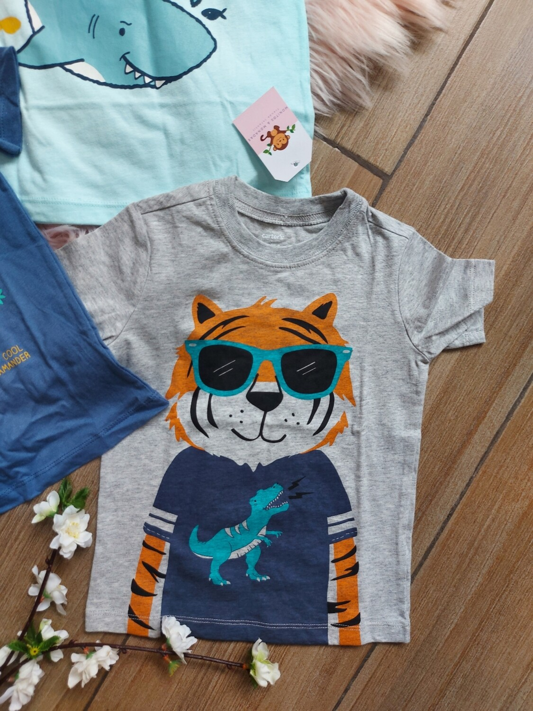 Camiseta gris tigre, 2 y 3 años