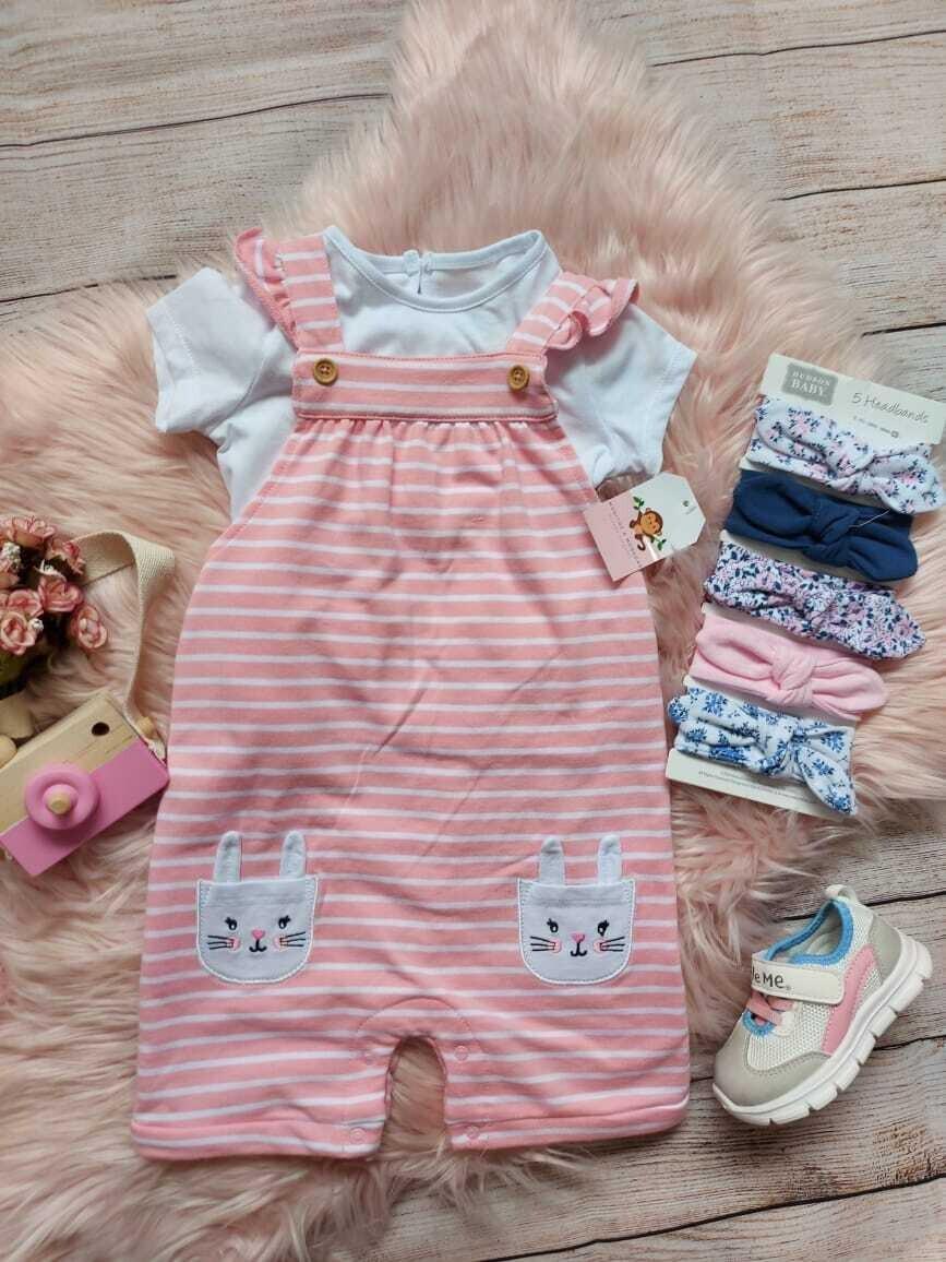 Overoll rosado conejito + blusa blanca 18m y 24m