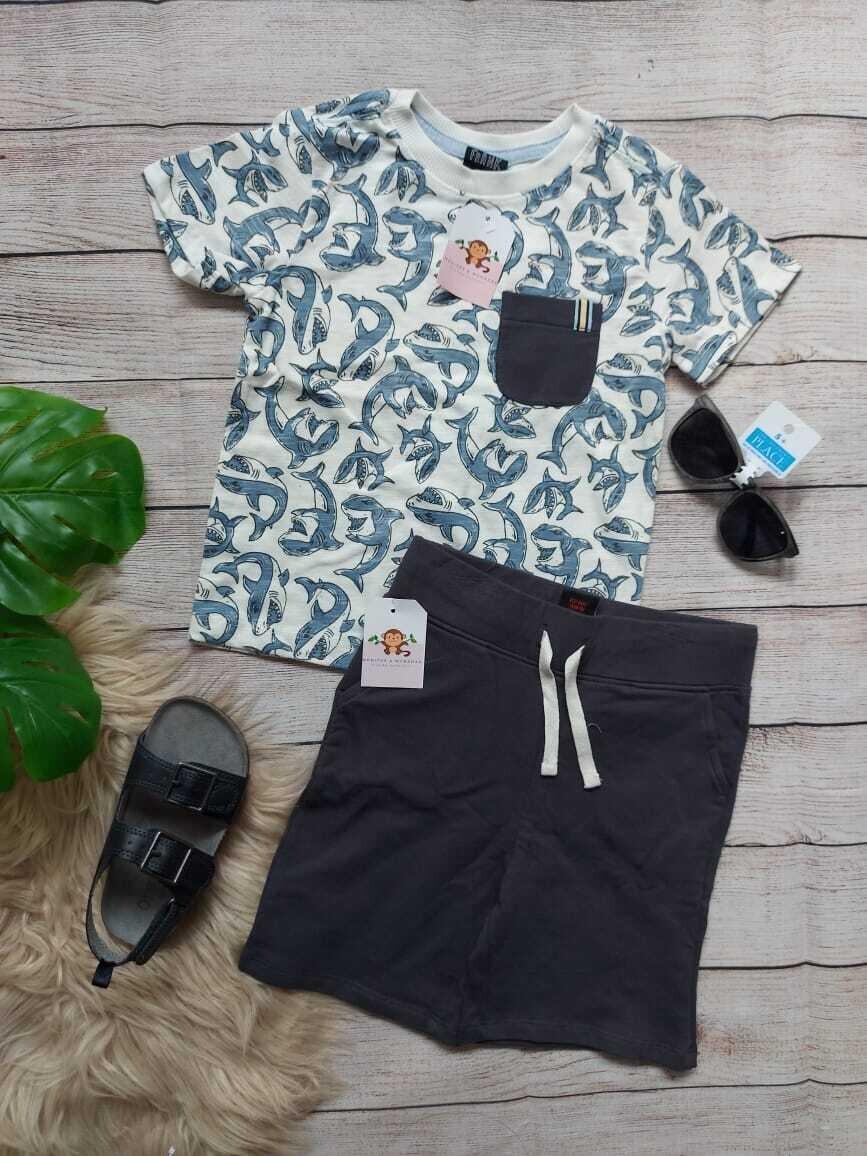 Set 2 piezas Camiseta tiburones + short, 4 años