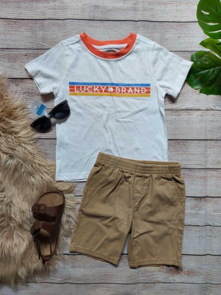 Set 2 piezas Lucky Brand, camiseta blanca + bermuda caqui, 3 años