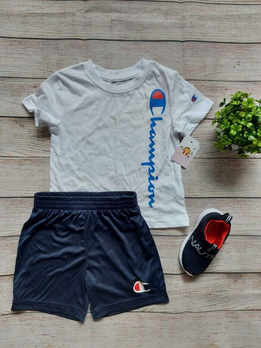 Set 2 piezas Champions, camiseta blanca + short azul marino, 3 años