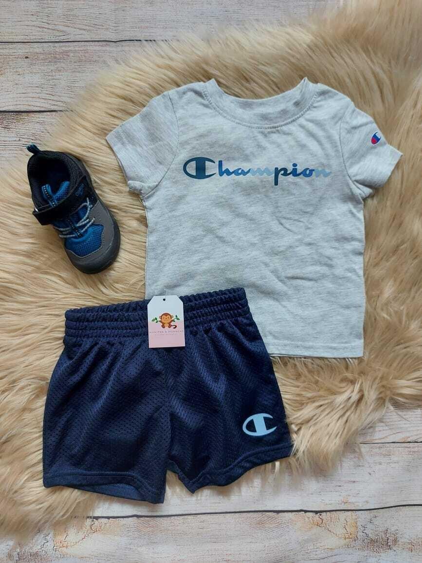 Set 2 piezas champion, camiseta ploma + short azul marino, 18 meses