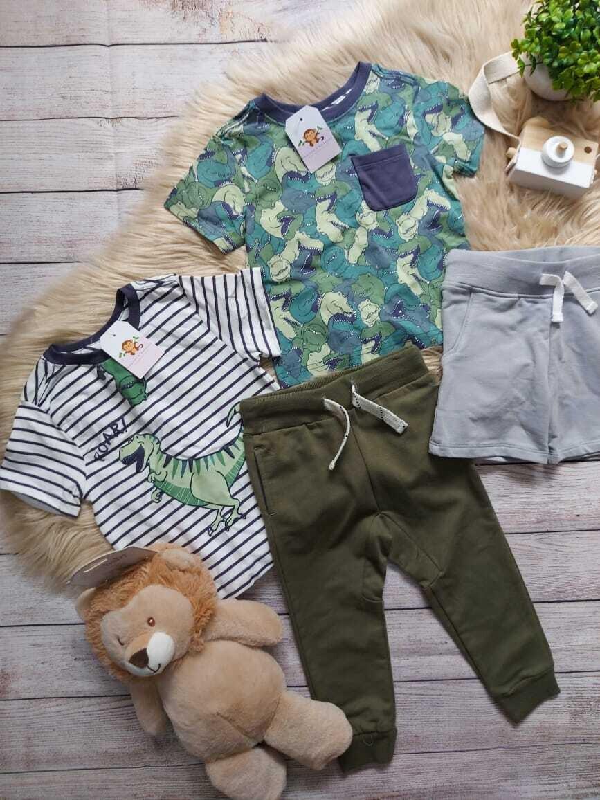 Set 4 piezas, 2 camisetas + short gris + jogger verde militar, 12 meses