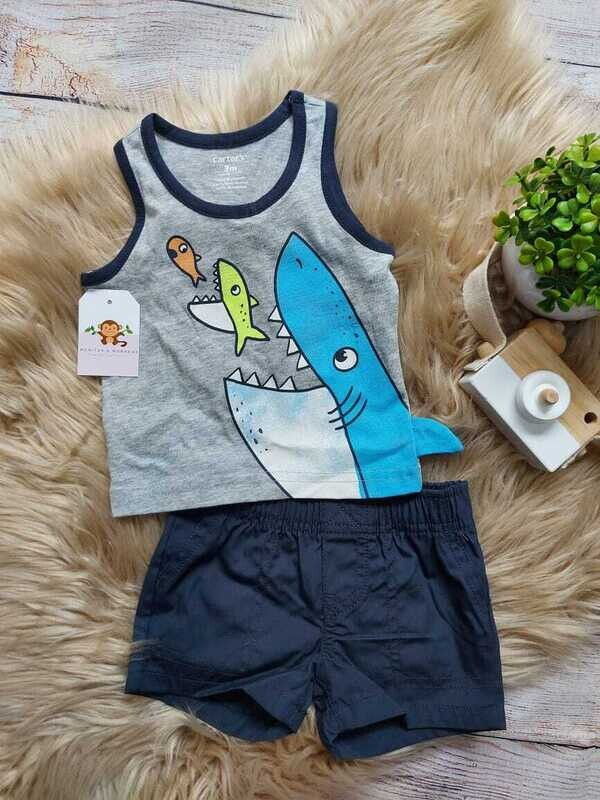 Set 2 piezas Carters, camiseta bbd tiburón + short playero, 3 a 6 meses