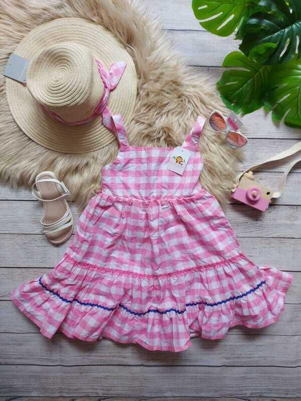 Vestido a cuadros rosado + sombrero, 6 años