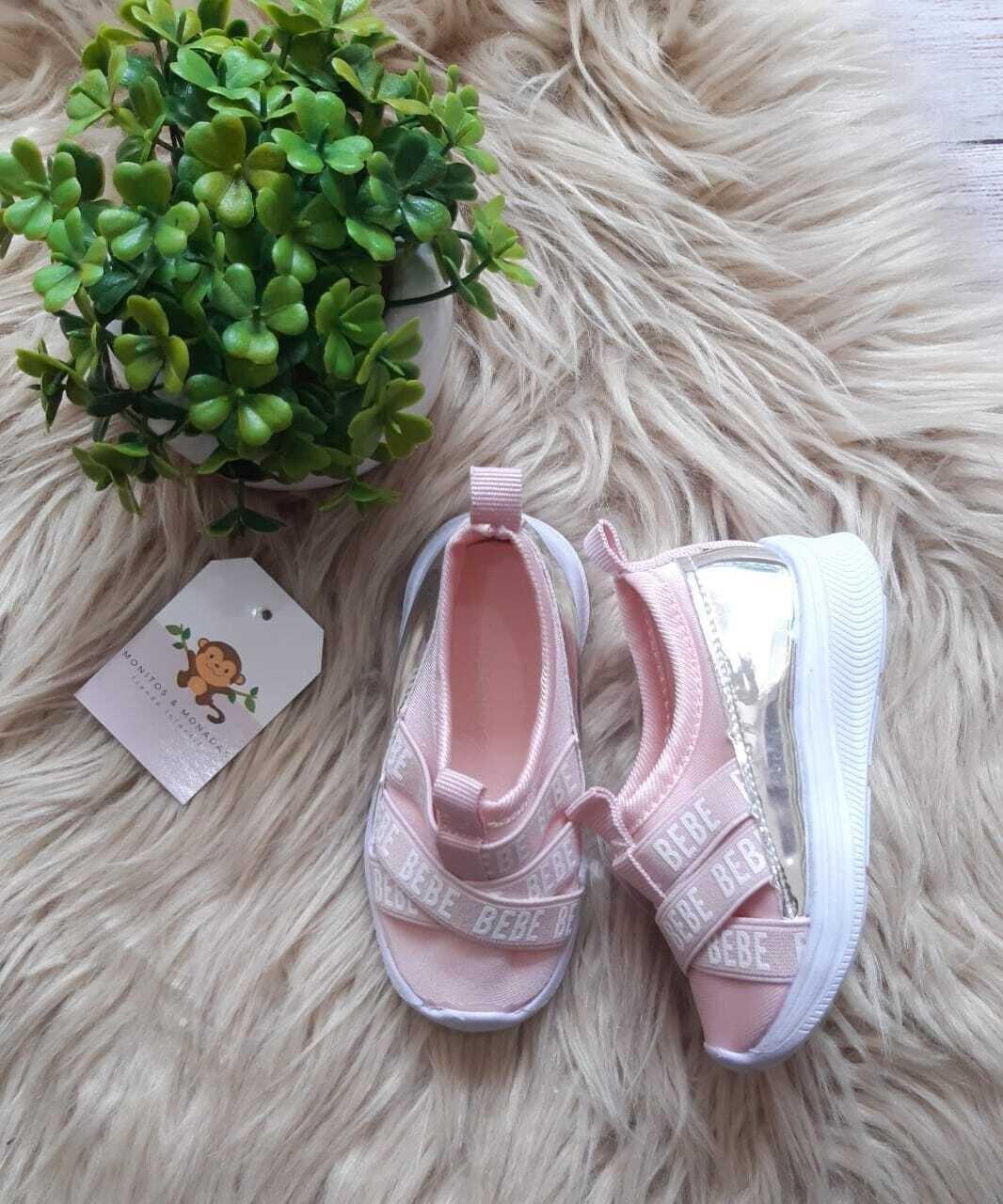 Zapatos BEBE color rosados, Talla 5 us