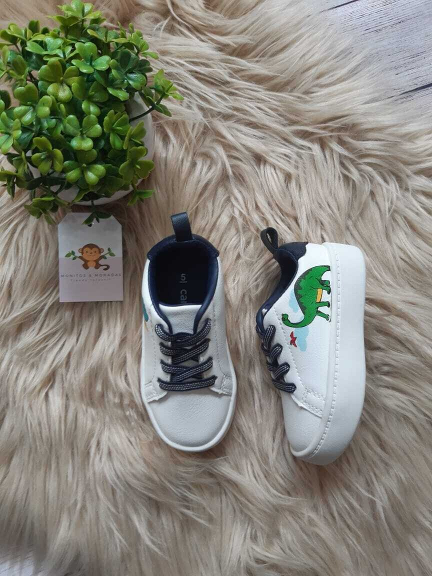 Zapatos Carters de dinosaurios, Talla 5us