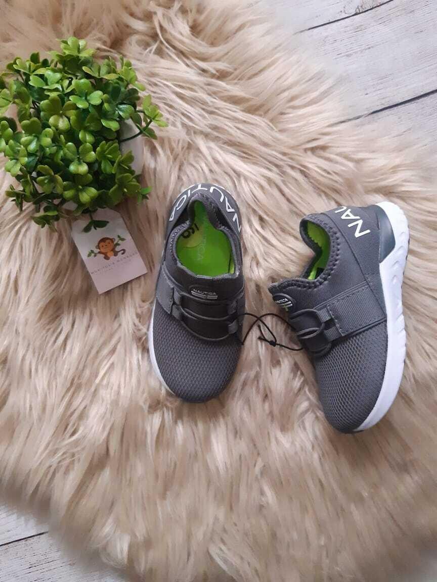 Zapatos Nautica grises, Talla 8us y 9us