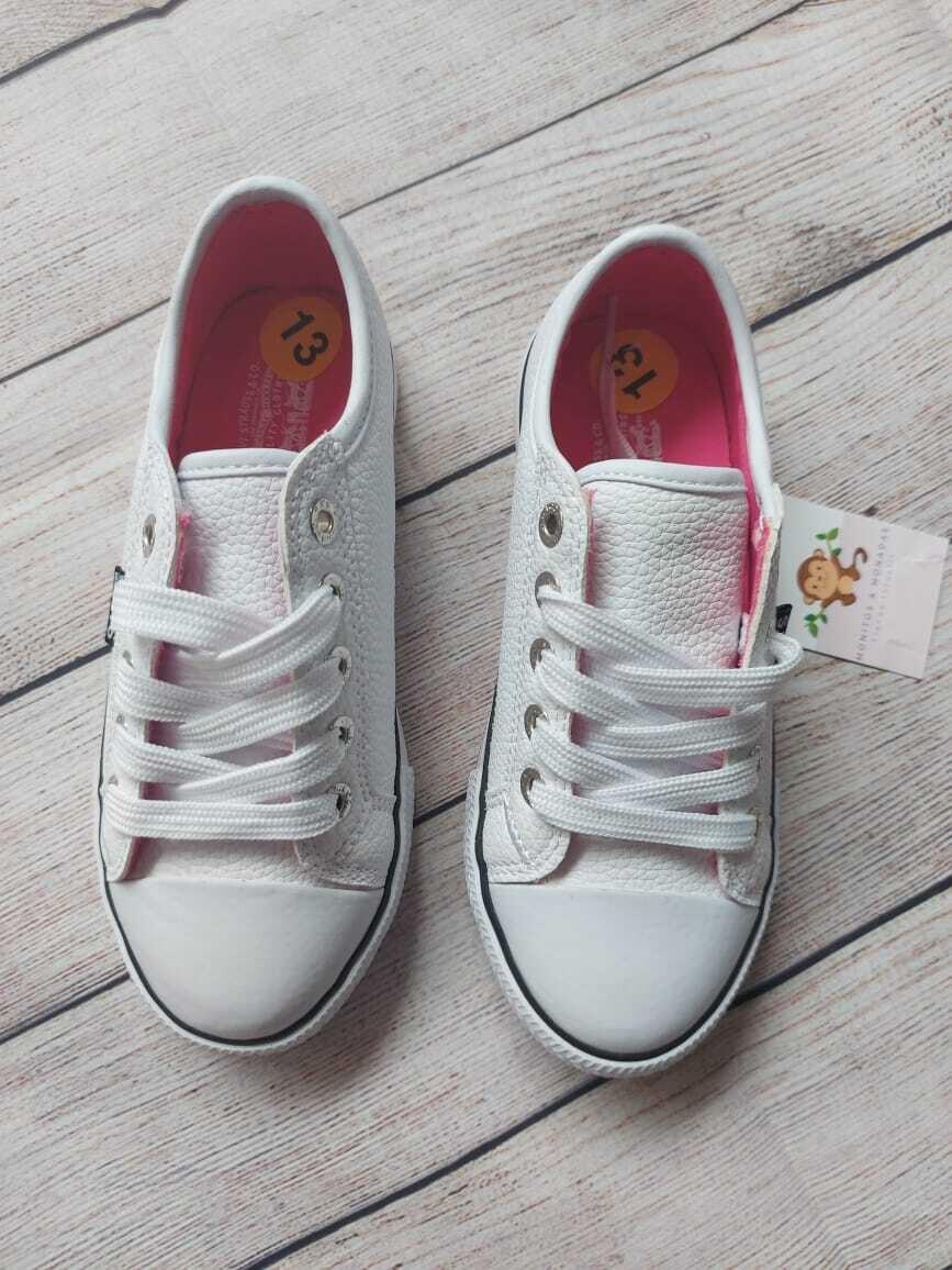 Zapatos Levi's, Talla 13us