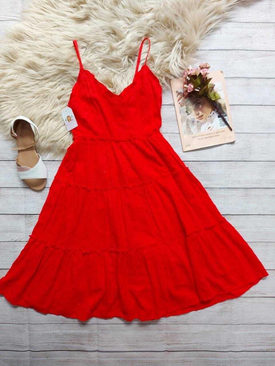 Vestido rojo, 10 años