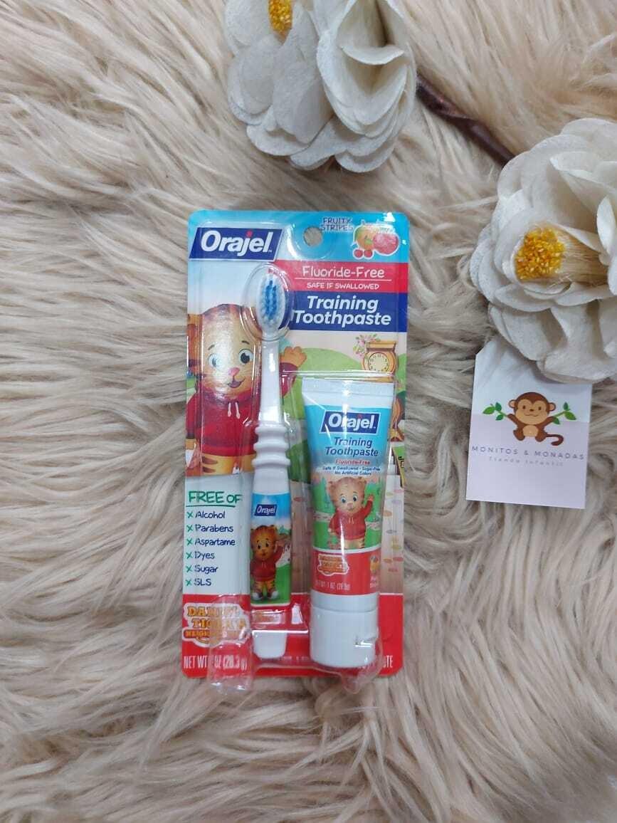 Cepillo dental + pasta, Orajel