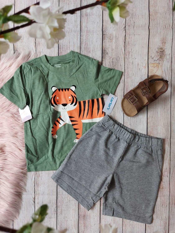 Set 2 piezas carter's, camiseta de tigre+ pantaloneta gris, 5 años
