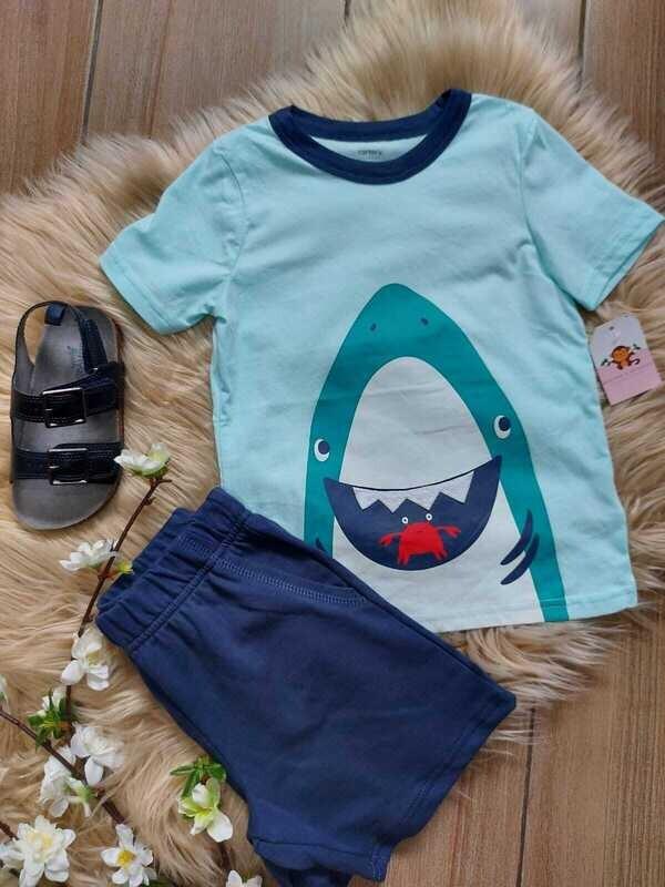 Set Carters, camiseta celeste tiburón + short azul, 3 y 4 años