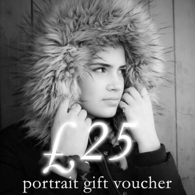 £25 portrait photography gift voucher