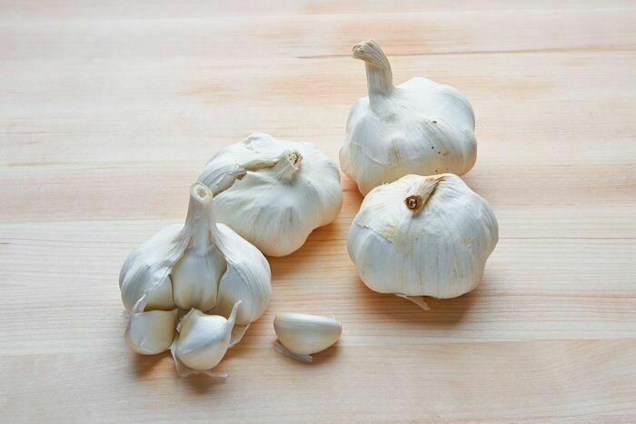 Garlic, Whole  - 1/2 Pound
