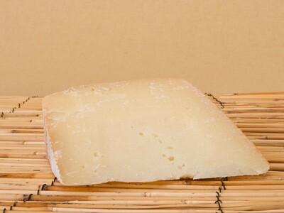 Pecorino Pienza Gran Riserva - 1/2 Pound