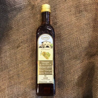 Unio Moscatel Vinegar 17oz