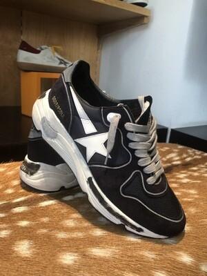 Sneakers - Golden Goose (Running Sole)