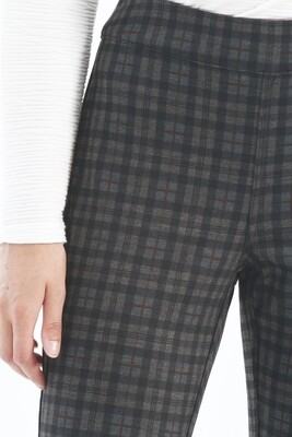 Reversible Plaid Pull On Pant