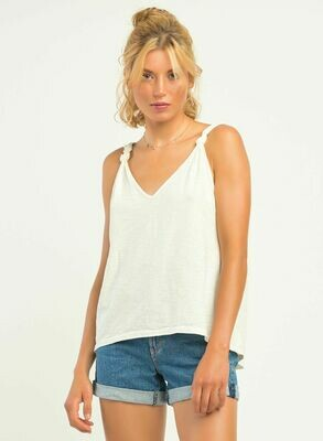 Knot detailed tank