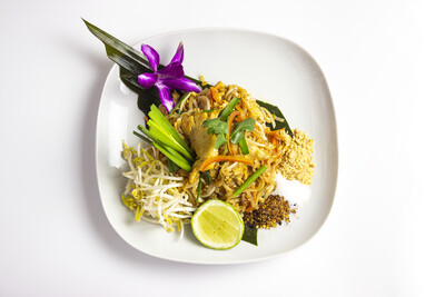 Pad Thai Sai Kai