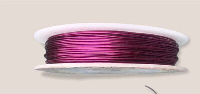 Pink lakeret kobbertråd 0,5 mm.