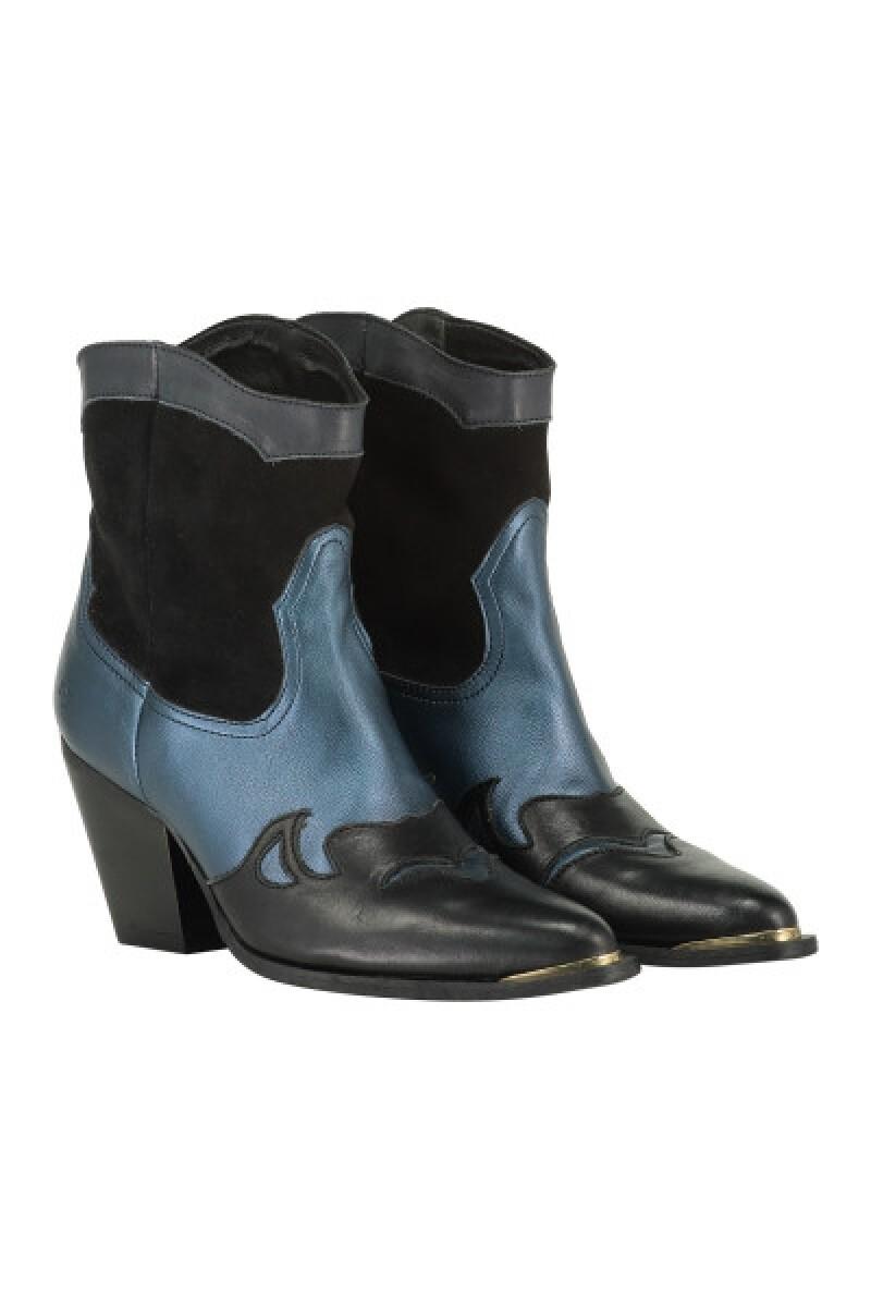 Shoe blue deni