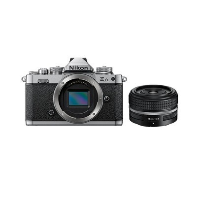 Nikon Z fc Kit mit 28mm 2.8 SL