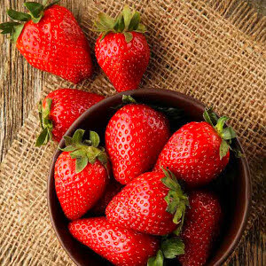 [Erdbeer & Pfeffer] Frucht-Balsamico