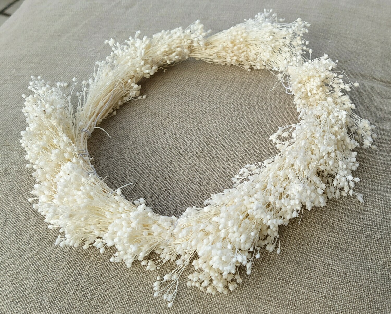 Corona broom blanco