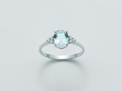 ANELLO in oro bianco con acquamarina taglio ovale e diamanti