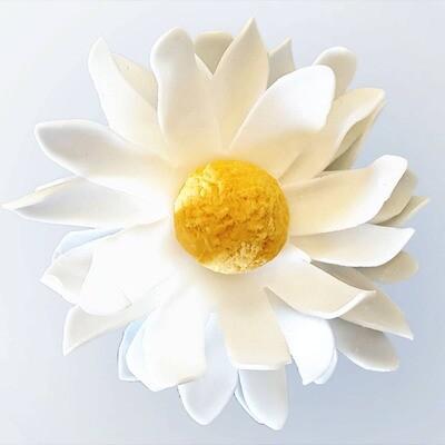 A'marie's Bath Flower Shop - Little Daisy Petite Petal Soap Flower