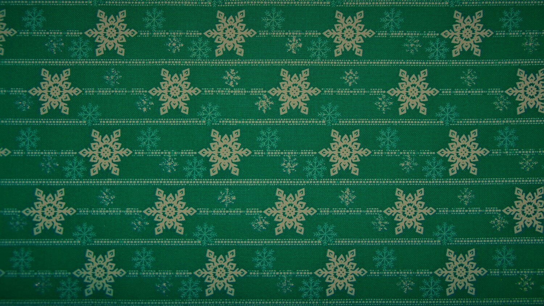 Green Snowflake (Glittery/ Metallic)
