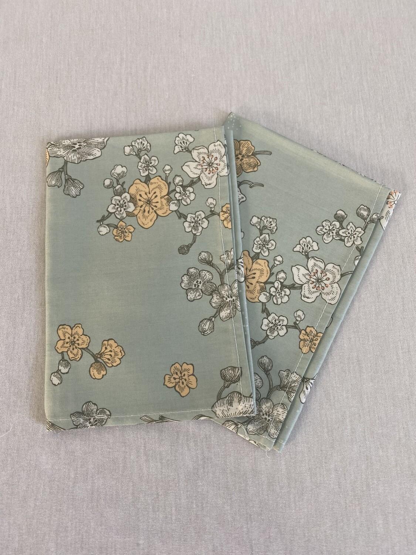 Furoshiki - Taille S - Vert Pastel Fleurs blanches