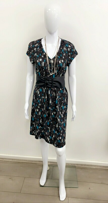 Robe Droite Création - Taille 38