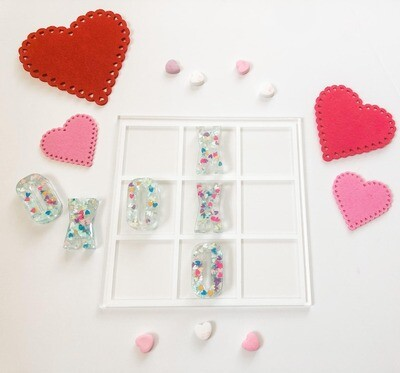 Candy Hearts Tic Tac Toe Resin Set
