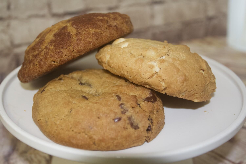 "Cookie Tray - 12"" (Serves 10-15 people)"