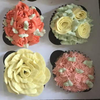 Flower Cupcake Gift Box