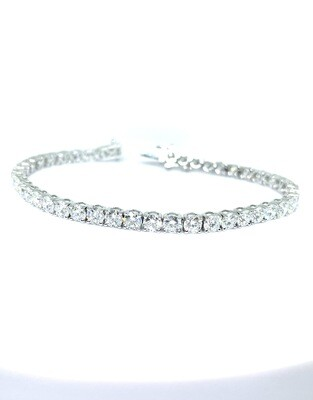 14K white gold 10 ctw diamond tennis bracelet